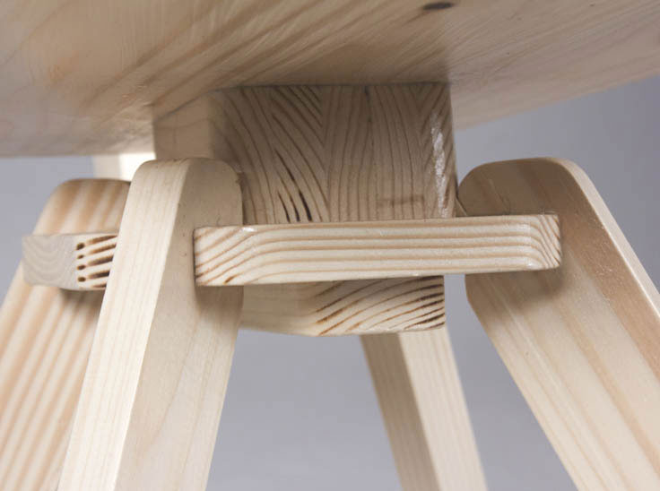 Rocking chair design en bois par FURN studio d'architecture interieure a Paris